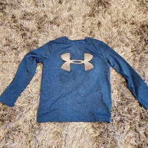 EUC Boy's Under Armour Heat Gear Shirt size S